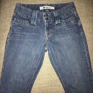 EUC Gap Curvy Bootcut Jeans Size 1.